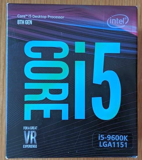 Fake Intel i5-9600K Box Front